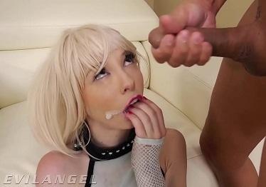 Imagen Kenzie Reeves traga semen después de sexo anal interracial salvaje